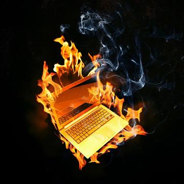 Cara Mendinginkan Mesin Laptop yang Panas Saat Main Game