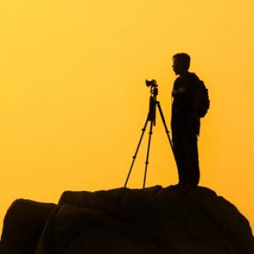 11 Aksesoris Kamera DSLR yang Harus Kamu Punya
