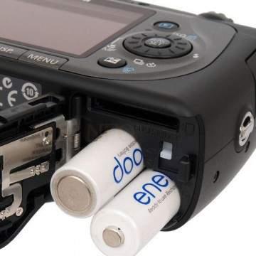 Merawat Baterai Kamera Digital Agar Lebih Awet