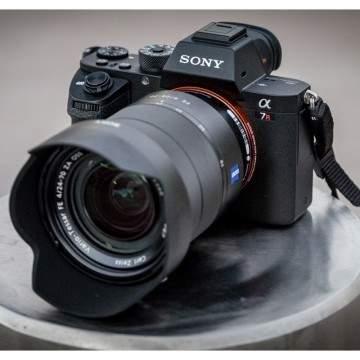 5 Kamera Digital Terbaik untuk Travel Versi Majalah Nat Geo Travel