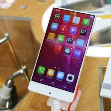 UMIDIGI Crystal, Ponsel Murah dengan Desain Terinspirasi Xiaomi Mi Mix
