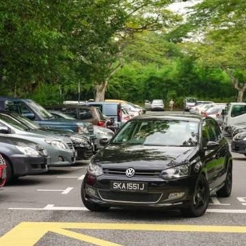 Cara Mudah Parkir Mobil Mundur dan Pararel Sejajar Buat Pemula