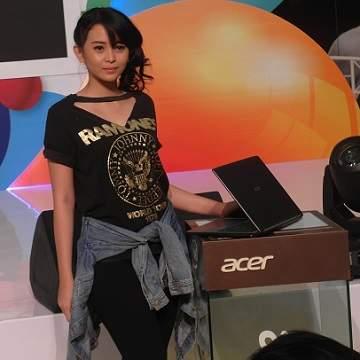 """Laptop AcerTerbaru Dipamerkan Pada Event """"GenerAcer Day"""""""