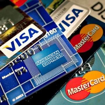 Perbedaan Kartu Kredit dan Kartu Debit, Kapan Menggunakannya?