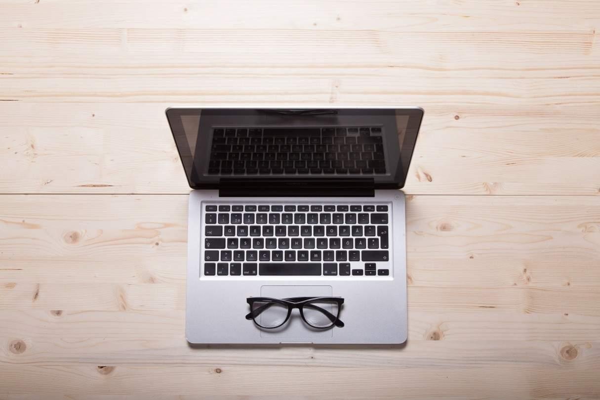 led laptop