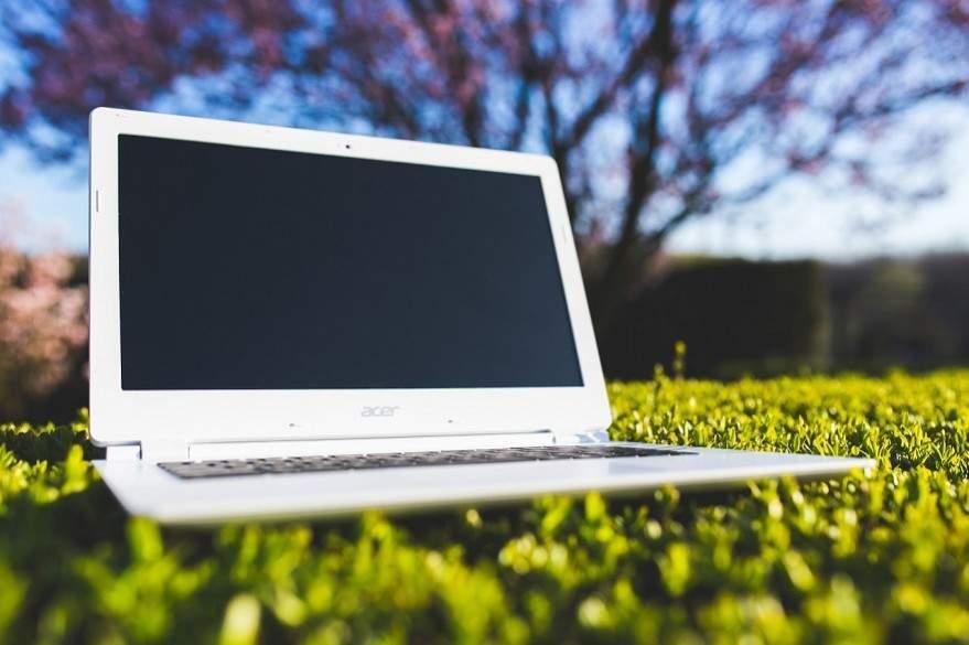 layar laptop