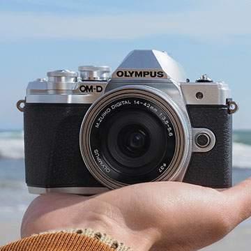 OlympusOMD E-M10 Mark III, Kamera Mirrorless 4K Anti Blur