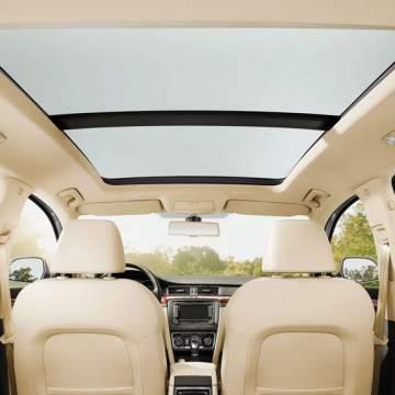 Mobil Panoramic Sunroof Terbaik 2020, Ada Mobil Sedan?