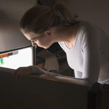 Cara Merawat dan Membersihkan Kulkas dari Bau, Jamur, Serta Karat