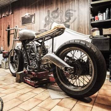 14 Motor Bekas Harga Murah Cocok Buat Cafe Racer