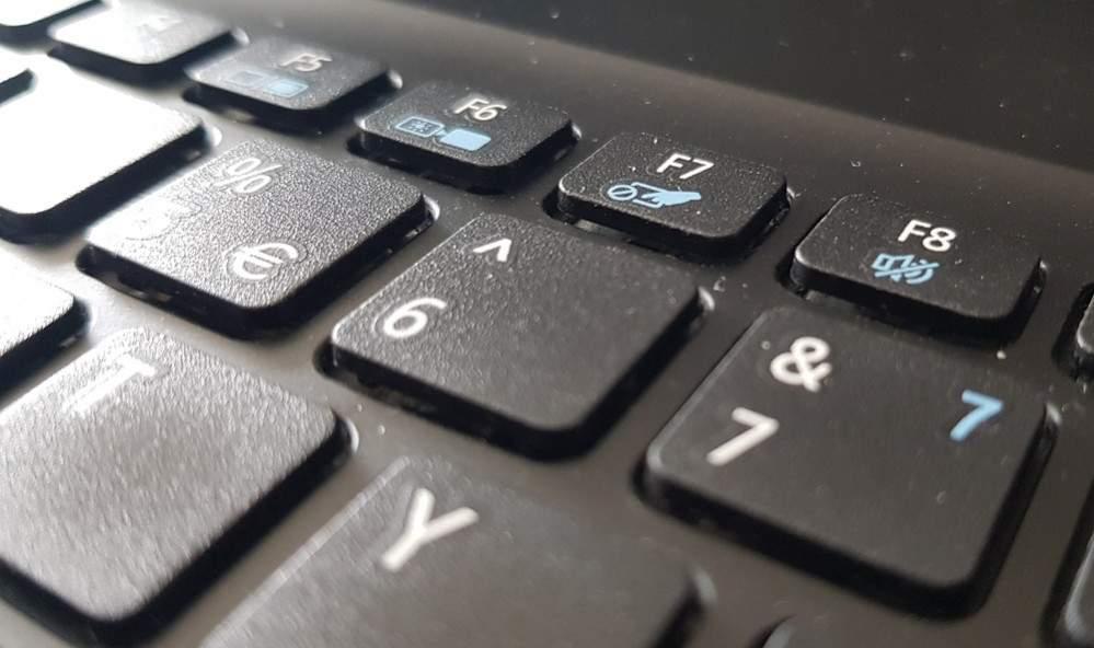 5 Menit Touchpad Laptop Rusak Jadi Normal Tanpa Servis Pricebook