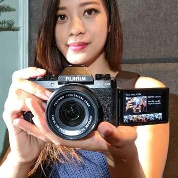 Kamera Mirrorless Terbaru Fujifilm X-T100 Andalkan 6 Fitur Canggih