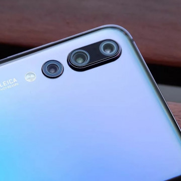 Hp dengan 3 Kamera Belakang Terbaru di 2019, Jadi Trend Baru Smartphone?