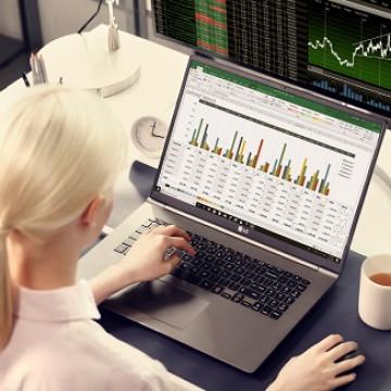 Laptop Super Ringan 'LG Gram' Jadi Duet Maut di CES 2019