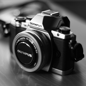 18 Kamera Mirrorless Terbaik di 2021, Harga Mulai 3 Jutaan