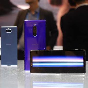 Rekomendasi Hp Sony Terbaru 2020, Lengkap Dengan Harganya