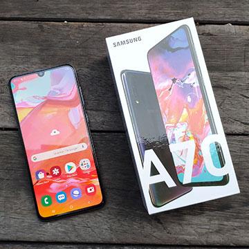 Samsung Galaxy A70 Sudah Tersedia di Toko, Harganya?
