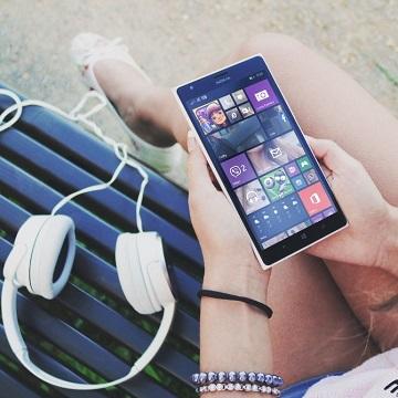 10 Aplikasi Podcast Terbaik Untuk Streaming Hingga Buat Konten