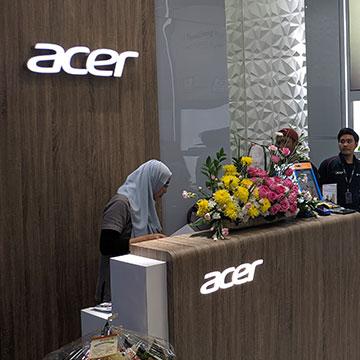 Acer Exclusive Store, Jajal Kursi Sultan Hingga Beli Laptop Rp1
