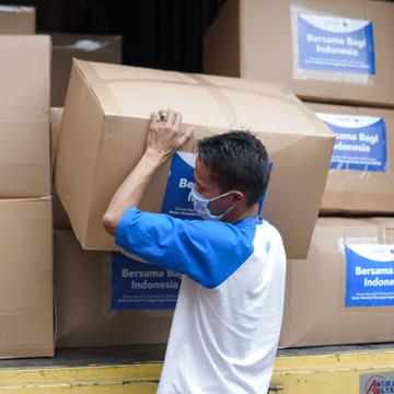 vivo Donasikan 3.500 APD untuk Tenaga Kesehatan Indonesia