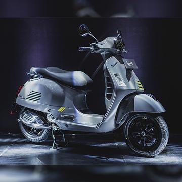 Daftar Harga OTR Motor Vespa Terbaru, Vespa Picnic 50 Juta!