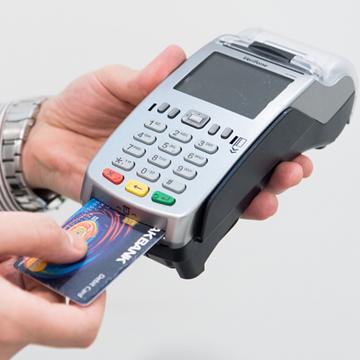 Perbedaan Bank Digital Jenius dan TMRW, Mana yang Lebih Baik?