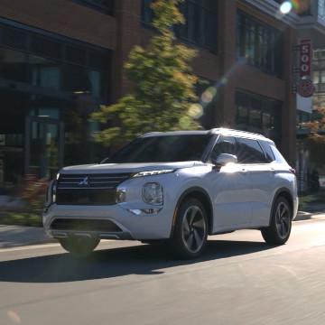 Mitsubishi Outlander 2022 Siap Menantang Honda CR-V