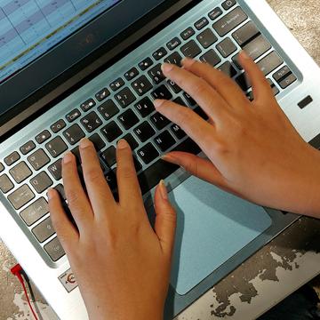 Jenis-jenis Keyboard Komputer dan Fungsinya