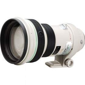 Canon EF 400mm f  /  4.0 DO IS USM