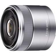 Sony 30mm f / 3.5 Macro