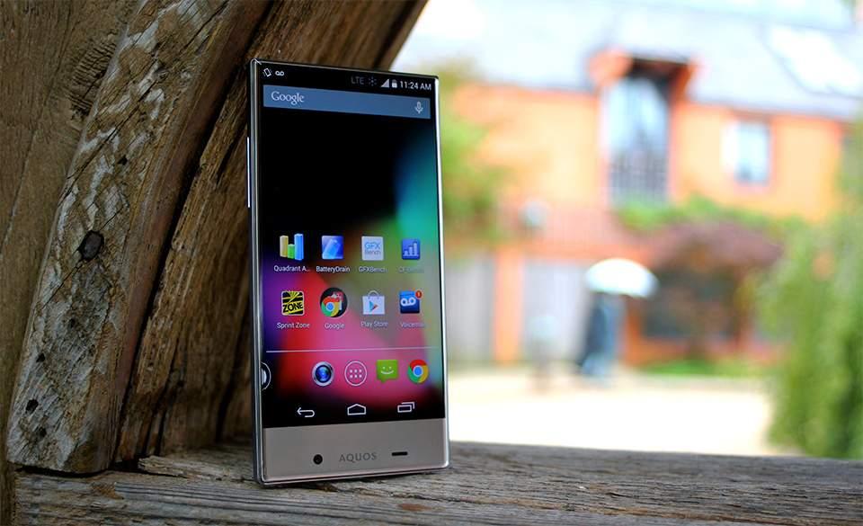 Sharp Aquos Crystal 2, Handphone dengan Kamera Depan di Bawah Layar