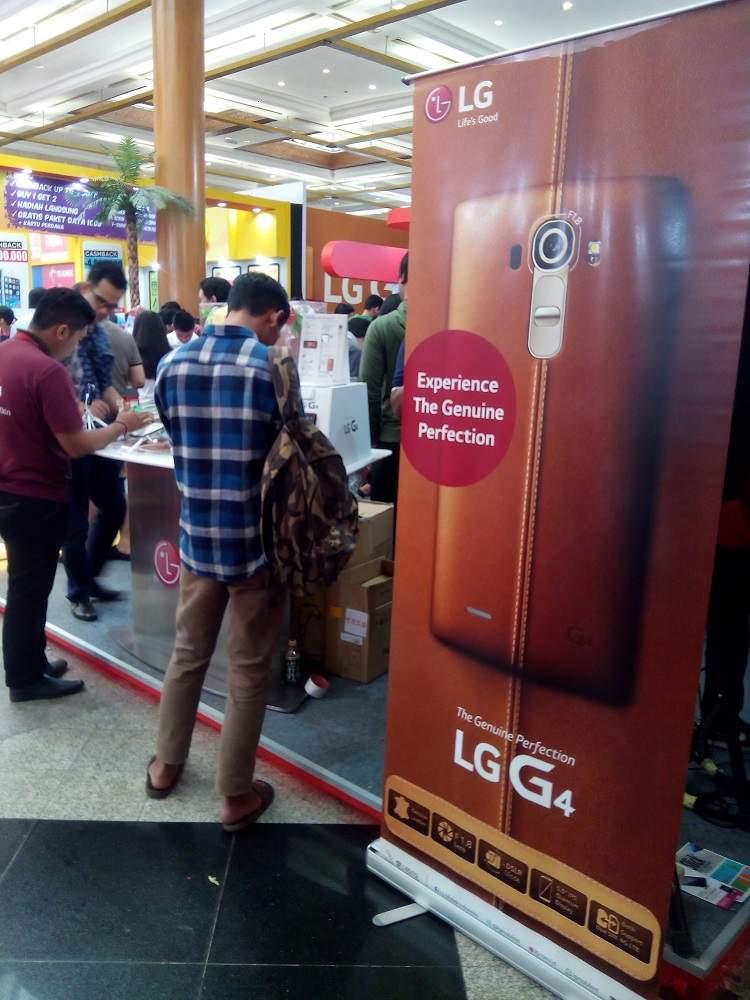 Gratis Boneka Line Jika Beli LG G3 Beat di ICS 2015