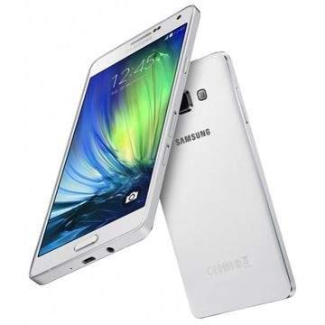 Daftar Smartphone Canggih Samsung yang Support OTG
