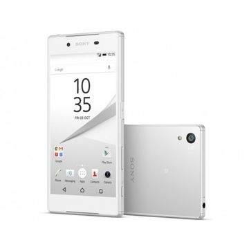 4 Smartphone dengan Desain Kompak