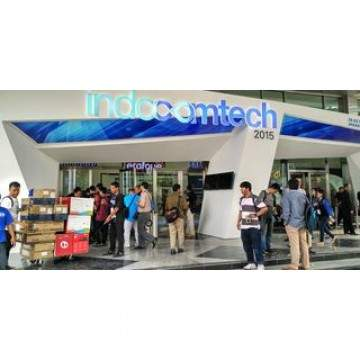 Pilihan HP dan Laptop Windows 10 di Pameran INDOCOMTECH 2015