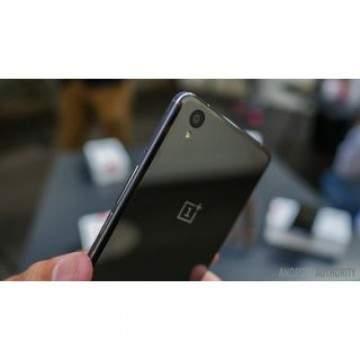 OnePlus X Resmi Sambangi Pasar Indonesia dengan Harga Rp 4 Juta