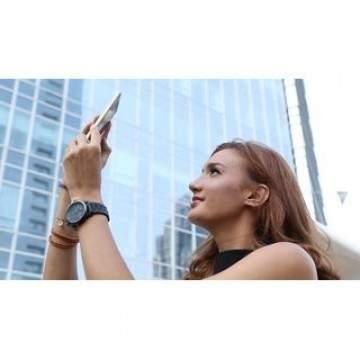 Tips Memotret dengan Ponsel Saat Travelling Ala Nadine Candrawinata