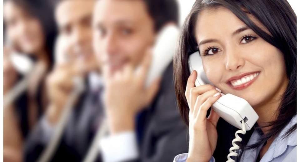 Cara Jitu Berbicara di Telepon Agar Terdengar Profesional