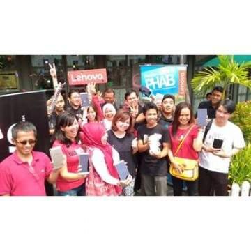 Lenovo Gandeng Komunitas Travel dan Fotografi Untuk Memotret dengan PHAB Plus