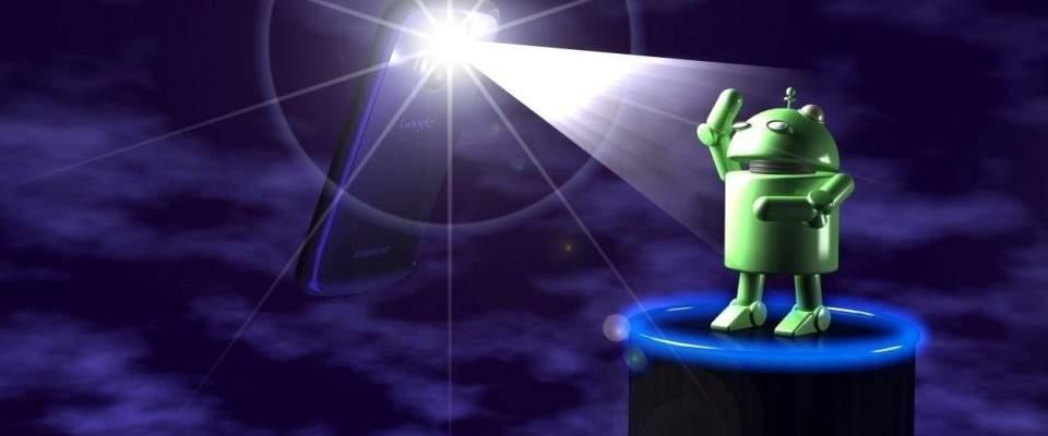 5 Aplikasi Terbaik Untuk Ubah Androidmu Jadi Senter