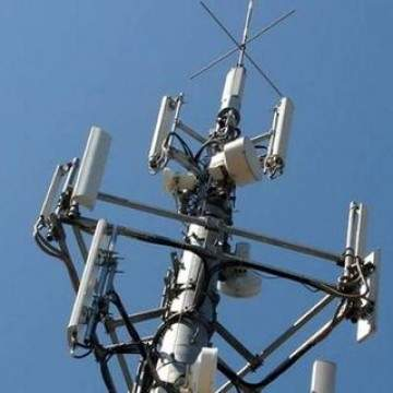 Indosat Ooredoo dan XL Axiata Berbagi Layanan 4G LTE
