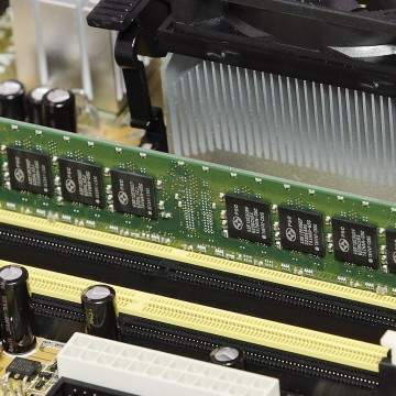 Perbedaan RAM dan ROM pada Hp, Laptop, dan Komputer