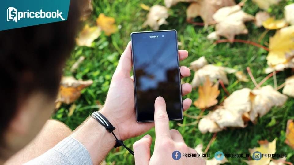 Sony Siapkan Xperia C6 dengan Kamera Depan Super Keren