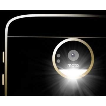 Moto Z Play Siap Ramaikan Seri Moto Z dengan Fitur MotoMod Baru