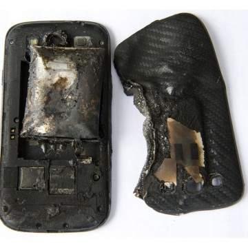 Tips Mencegah Smartphone Meledak atau Terbakar