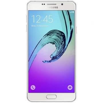 Duel Ponsel Kelas Menengah, Foxconn Luna vs Samsung Galaxy A7