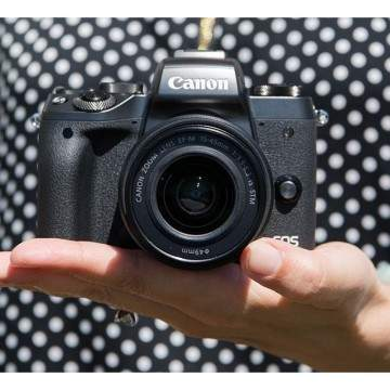 Canon EOS M5 Dirilis, Kamera Mirrorless Terbaru Rasa DSLR
