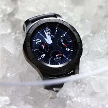 Perbandingan Apple Watch 2, Samsung Gear S3 dan Moto 360 2nd Gen, Siapa Lebih Tangguh