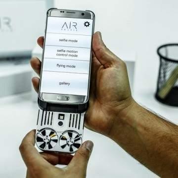 Drone Mini ini Bisa Penuhi Hasrat Selfie Anda