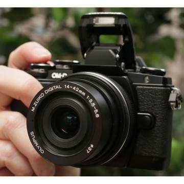 Harga Kamera Olympus OM-D Series di Akhir Tahun 2016